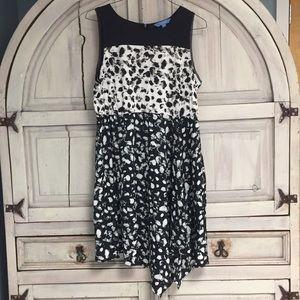 Simply Vera Wang Asymmetrical Black White Dress